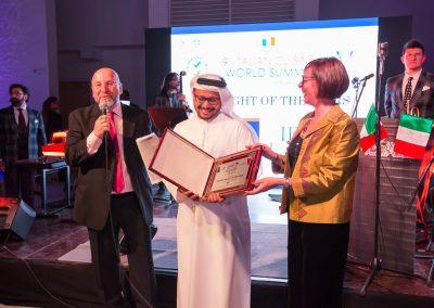 2017 Dubai - Console Generale a Dubai Valentina Setta e Sheikh Majid al Mualla, Senior Vice President Emirates airlines